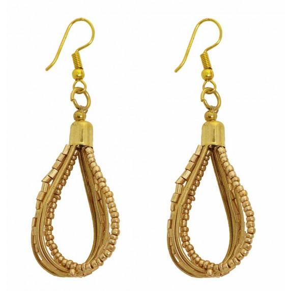 boucles oreilles dorées pendantes