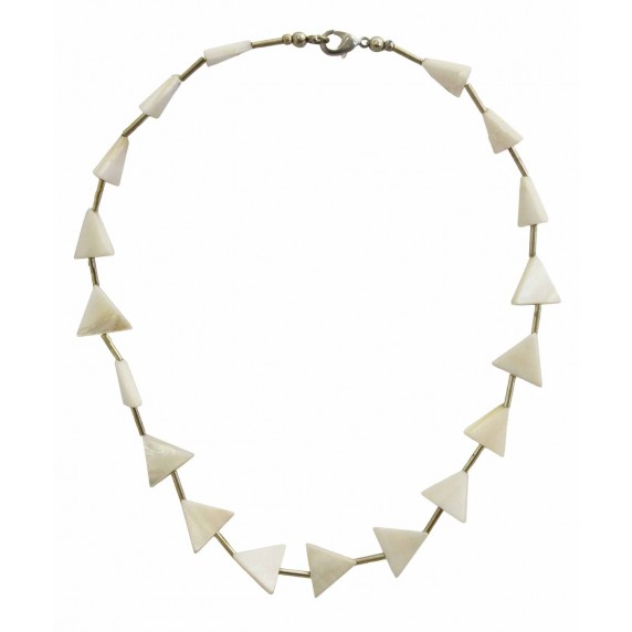 collier blanc nacre triangle
