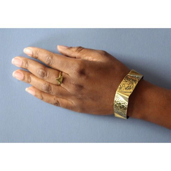 bracelet dore equitable martele