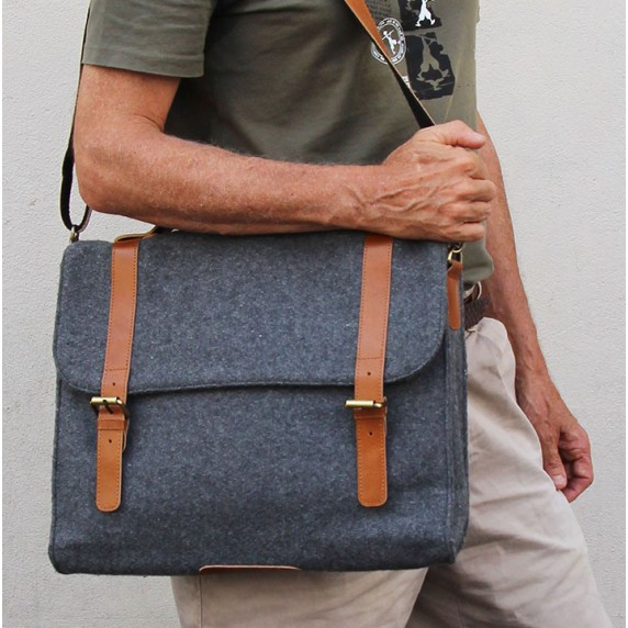 sac homme gris